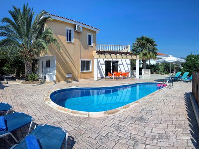 Photo for Villa Vasilias Paradios - 3 bedroom villa - Large terrace and pool area - Great for families