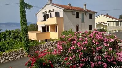 Photo for Holiday apartment In the 2nd floor with air conditioning, WI-FI, balcony