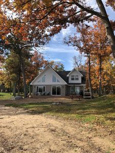 Reduced Rates for Fall/Winter - Cottage on sandy bottom little island lake