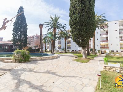 Photo for Studio 3 pax with communal pool located at 100 mts. From the beach of Salou.