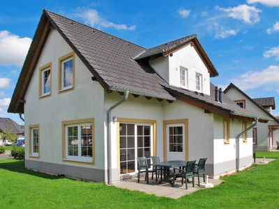 Photo for Vacation home Ferien- & Golfresort Cochem (COH100) in Cochem - 4 persons, 2 bedrooms