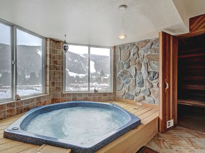 Photo for Huge 2 Bedroom Condo with Private Hot Tub - Quick Walk to the Slopes!