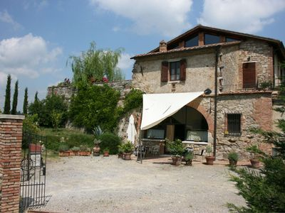 Photo for Stone  villa with private pool and garden. Air co.  Province of Siena.