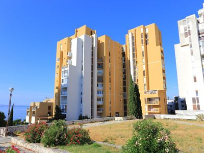 Photo for One bedroom apartment with balcony and sea view Split (A-17711-a)