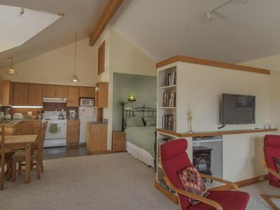 Photo for Winter Special! Nov. thru Feb. Great Rates plus 3rd Night FREEE