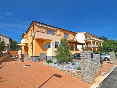 Photo for Apartment 927/9851 (Istria - Medulin), Family holiday, 300m from the beach