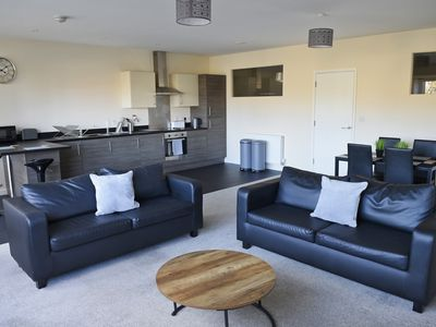 Photo for Toothbrush Apartments - 2 bed 2 bath nr Ipswich Waterfront, with parking