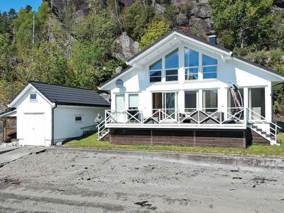 Photo for 6 person holiday home in ETNE