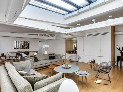 Photo for LUXURY Modern Apartment with AC by the Louvre