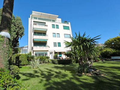Photo for Apartment Michela in Sanremo - 6 persons, 3 bedrooms