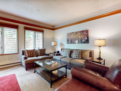 Photo for Classic lodge 1st floor condo w/ shared pool and hot tubs - walk to ski lifts!