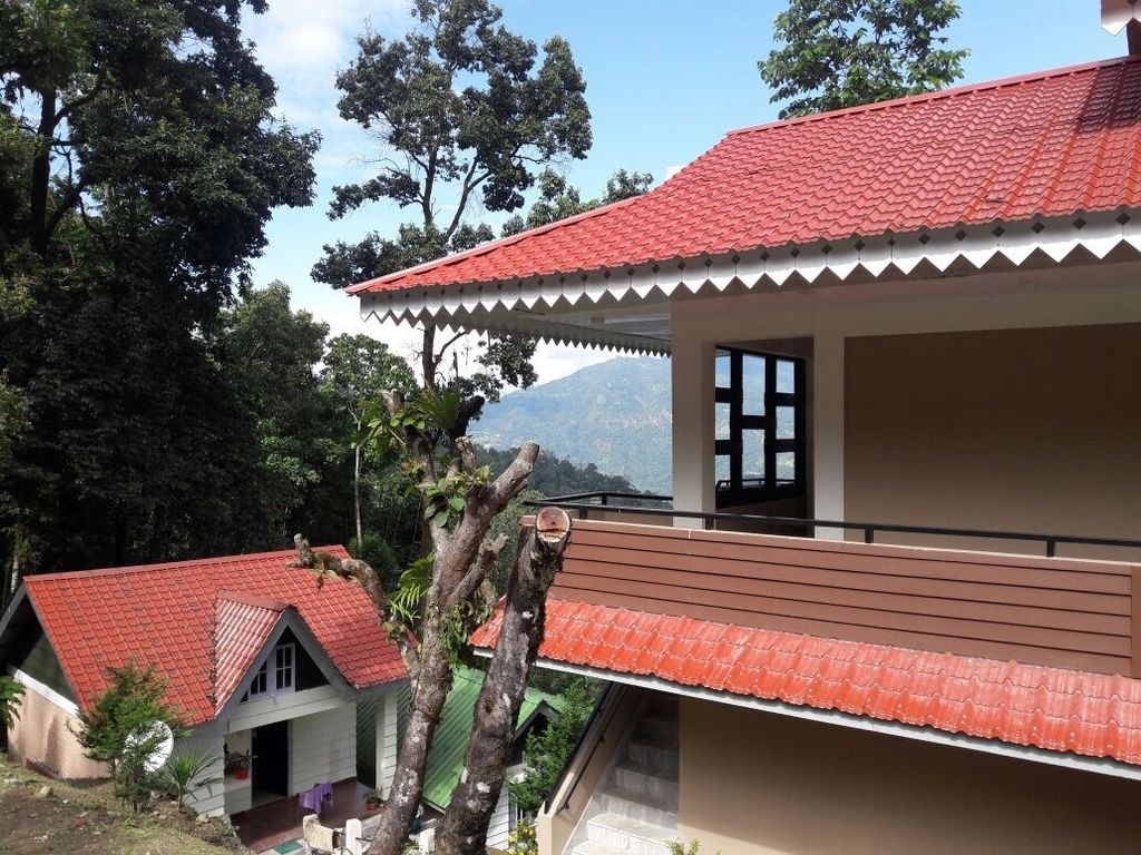 1Bed Cottage Blues- the Silk Route U-1