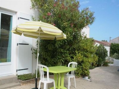 Photo for Villa La Tranche-sur-Mer, 1 bedroom, 2 persons