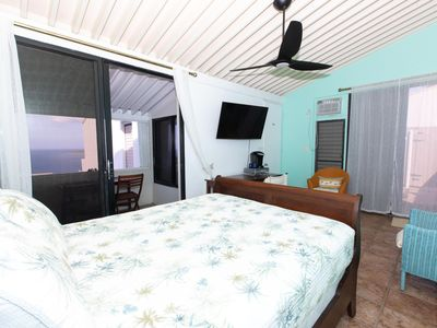 Photo for Paradise Awaits at Villa Island Dreaming - Studio+ *Escape the Cold!*