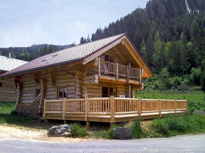Photo for Genuine Canadian natural trunk cabin with sauna, pets are welcome