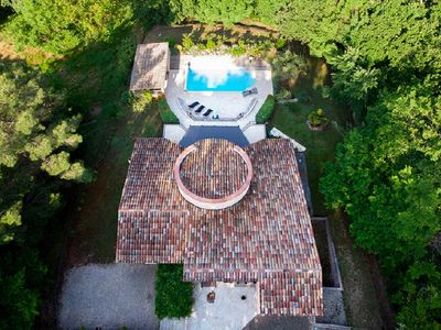 Photo for Quiet, traditional villa with pool in private road