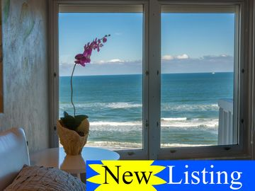 Fabulous Brand NEW 7th floor DIRECT OCEANFRONT Condo/loft! MODERN/COASTAL/LUXE