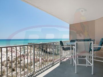 Gulf Front 2 bedroom Townhouse in Starboard Village. Free WiFi. Swimming Pool