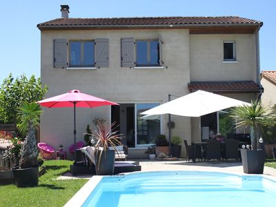 Photo for Nice, bright villa with pool and JACUZZI in the South West for summer