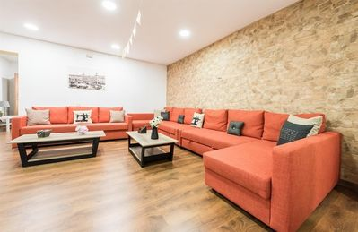 Photo for Apartment in the center of Madrid with Air conditioning, Washing machine (697575)