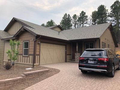 Stunning New Contemporary Home Minutes to Downtown Flagstaff
