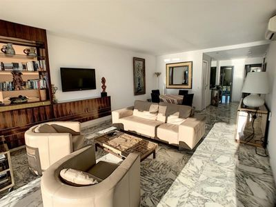 Photo for Apartment Cannes, 2 bedrooms, 4 persons