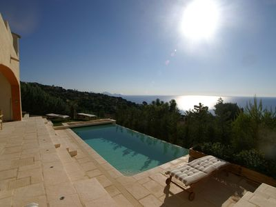 Photo for Irresistible : Fairy-Like Sea View & Heated Infinity Pool