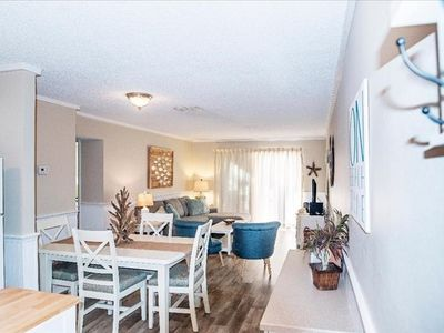 Photo for Great Siesta Key Beach location! Updated 2b/1b unit walk out to the heated pool; walk in shower