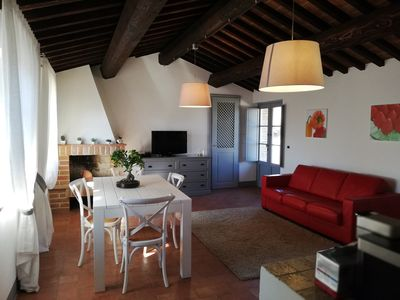 Photo for Apartment in Renovated farmhouse in Umbria with shared pool