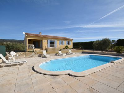 Photo for Cottage 6 people comfortably, in Provence in the Luberon with secure pool
