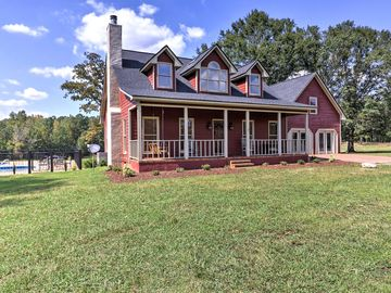 NEW! 4BR Pine Mountain Valley House on 25 Acres!