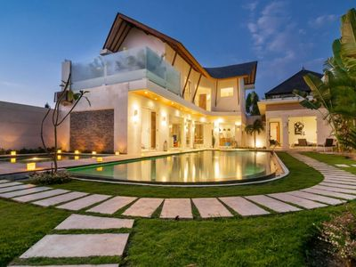 Photo for Luxury 4 bedroom Pool Villa in Seminyak