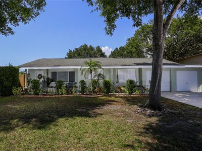 Photo for Charming 2 bedroom 1 bath Sarasota Retreat close to downtown and beaches