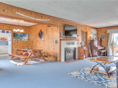 Photo for Quiet Surfer's Cove Seaside 5-Bedroom has Amenities Galore, Including Sauna!