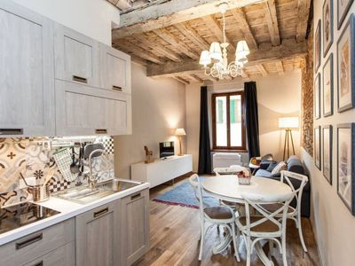 Photo for Recently renovated apartment leaving the Florentine character that distinguished it.