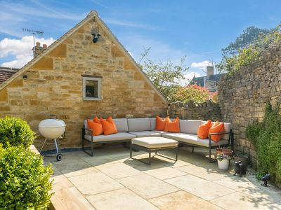 Photo for Idyllic 5* Luxury Retreat in heart of the Cotswolds