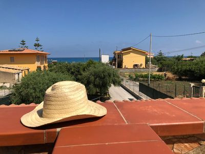 Photo for Villa al Mare just a stone's throw from the beach