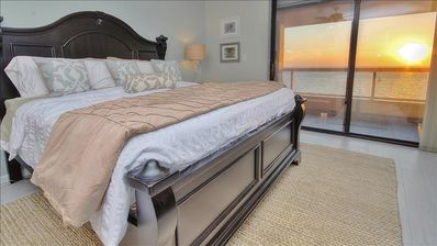 Where Relaxation and Sophistication Collide in Crescent Beach Club Beauty!
