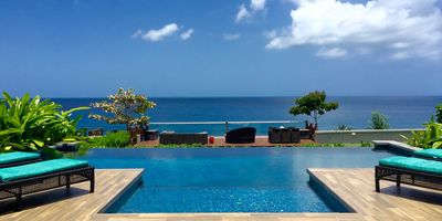Photo for Beautiful and Elegant 6 bdrm Ocean Front House with direct access to the water