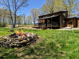Photo for 2BR Cabin Vacation Rental in Mammoth Spring, Arkansas