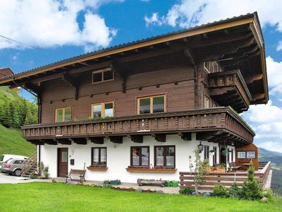Photo for 3 bedroom Apartment, sleeps 10 in Dorf with WiFi