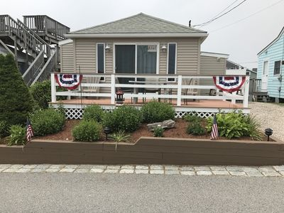 Photo for Newly renovated 2 bed/1 bath house with private beach !