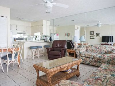 Photo for 1 BR / 1 BA condo in Panama City Beach, Sleeps 6, Walking Distance to Beach