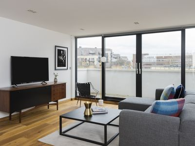 Photo for Contemporary 1BR in King's Cross by Sonder