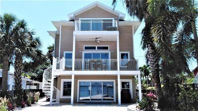Photo for Luxury waterfront 3 bedroom 2 bath home in Madeira Beach.