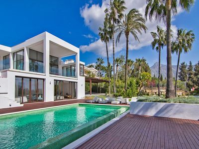 Photo for CONTEMPORARY VILLA 34121859 WITH 5 BEDROOMS, HUGE PLOT, PRIVATE POOL, SHORT DISTANCE BEACH GOLDEN MILE MARBELLA