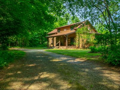 Photo for Pond's Edge Log Vacation  Cabin