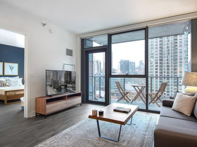 Photo for Lovely River North 1BR w/ Gym, near the Riverwalk by Blueground