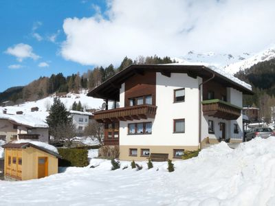 Photo for 3BR Apartment Vacation Rental in Pettneu am Arlberg