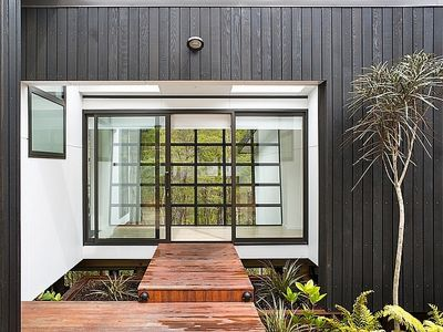Photo for The Treehouse - Kaiteriteri Holiday Home